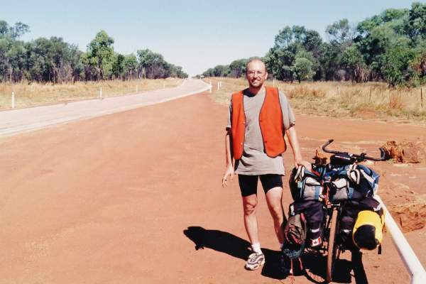 Click to enlarge: Fernando Candido on the Stuart Highway in Australia