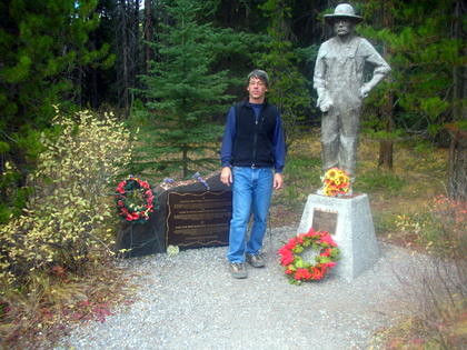 Memorial to the Ukrainians prisoners near Banff