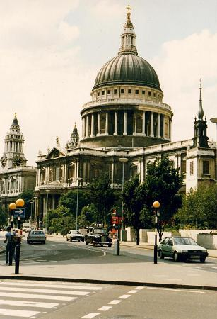 Saint-Paul's Cathedral in all its splendor