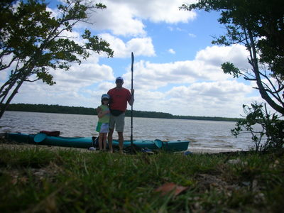 The launching of our kayak trip, Isabelle and myself