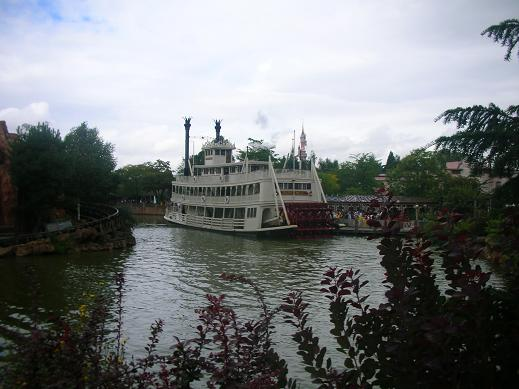 Paddle Steamer at Frontierland
