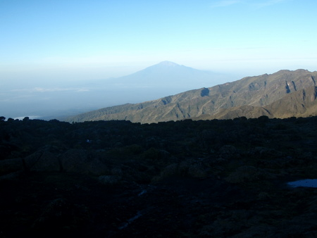 Shira camp, in the distance mount Meru
